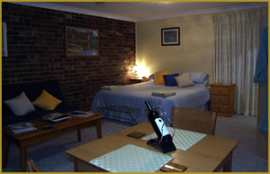 Henlie Park Bed  Breakfast - Mackay Tourism