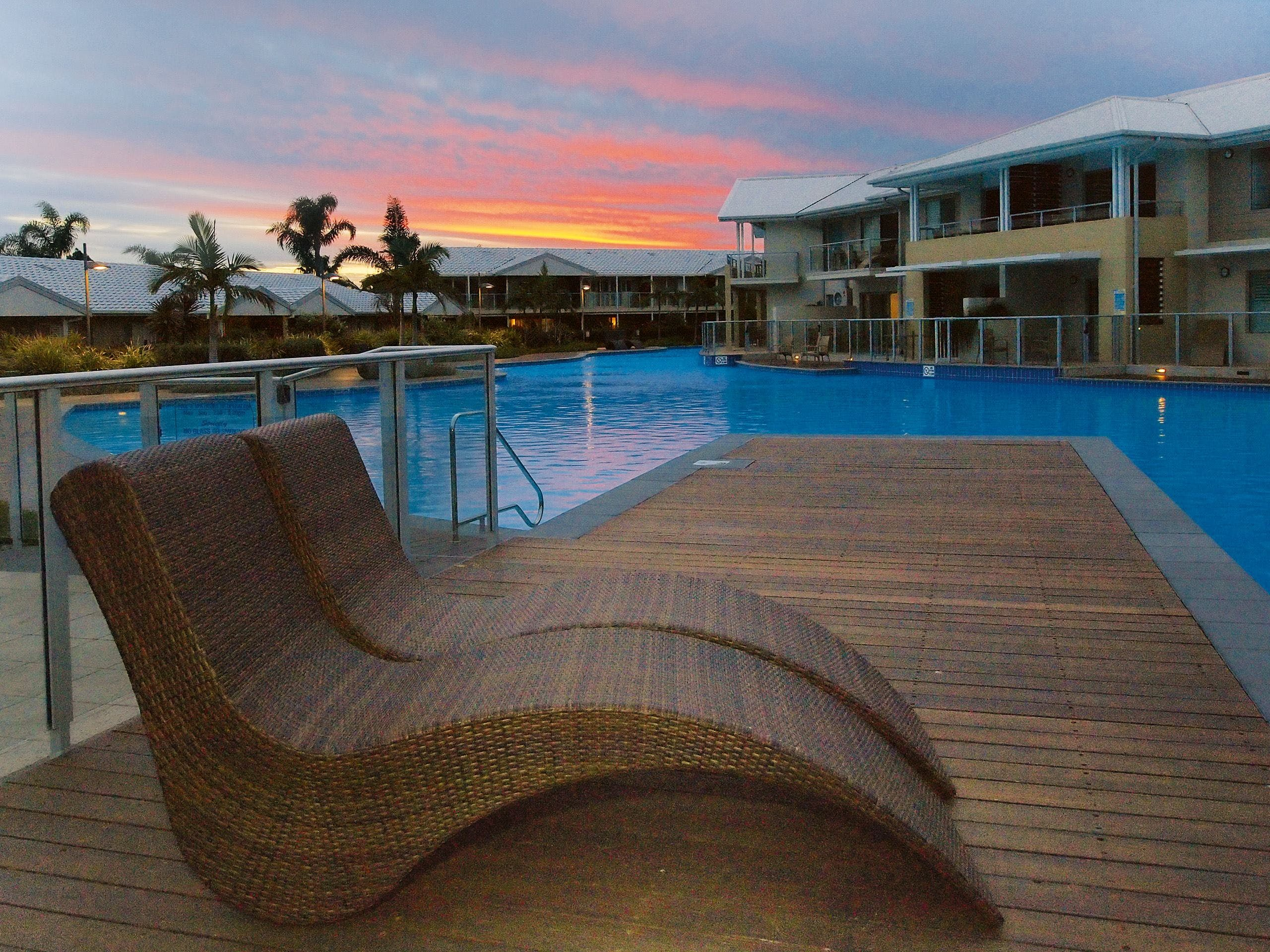 Oaks Port Stephens Pacific Blue Resort - Mackay Tourism