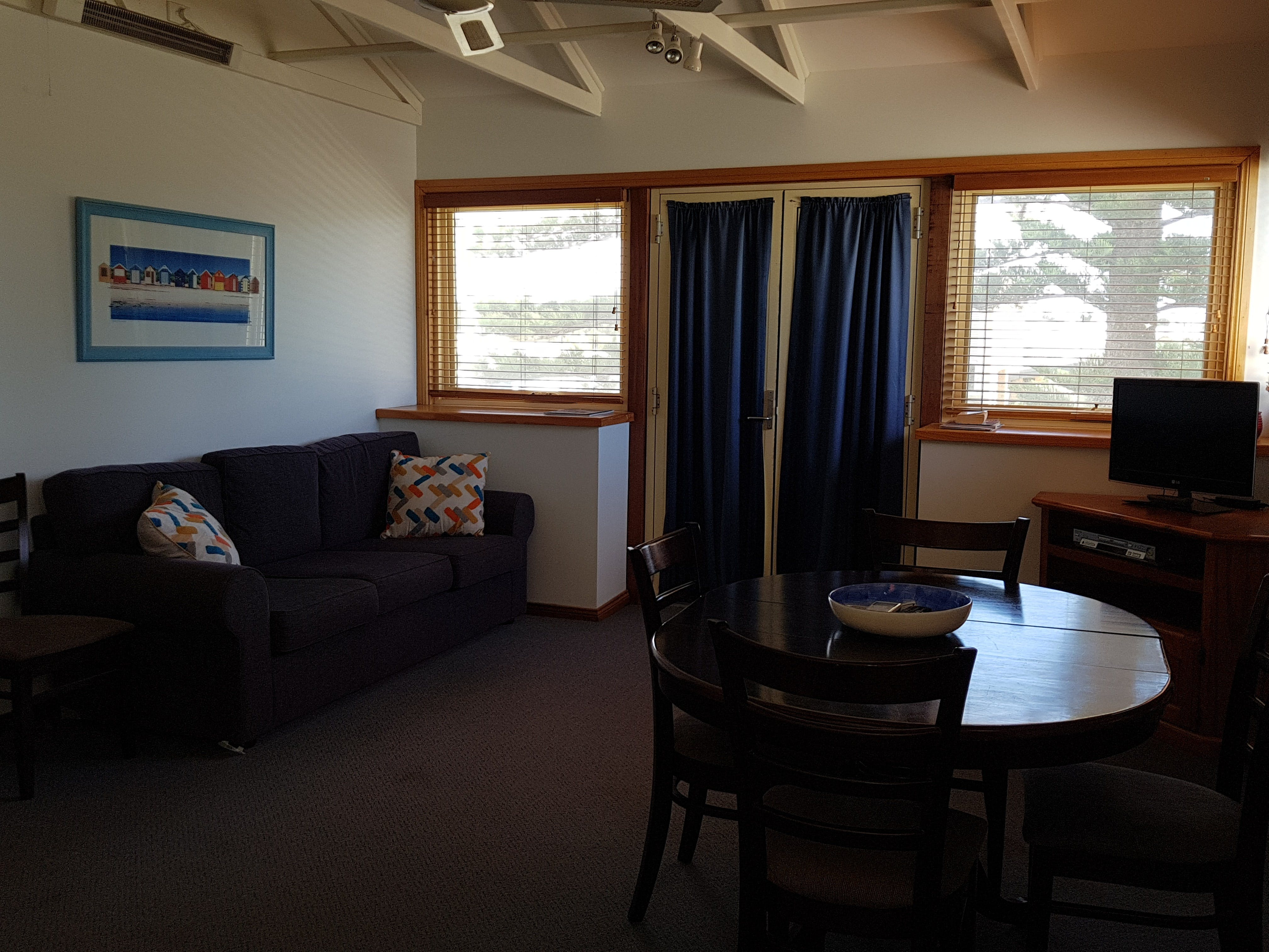 Blue Manna Waters  Apartment A - Mackay Tourism