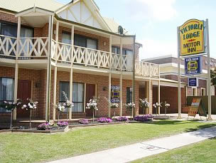 Victoria Lake Holiday Park - Mackay Tourism