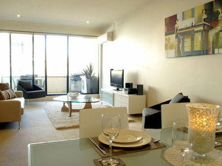 Boutique Stays - Elwood Village Apartment - Mackay Tourism