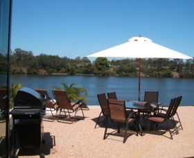 Big River Holiday Park - Mackay Tourism