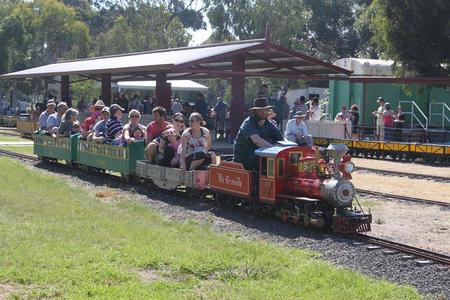 Altona Miniture Railway - Mackay Tourism