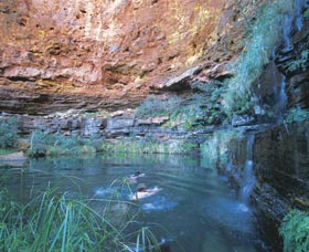 Dales Gorge and Circular Pool - Mackay Tourism