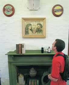Boulder Pharmacy Museum - Mackay Tourism