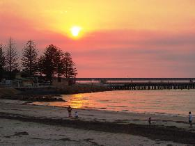Wallaroo Jetty - Mackay Tourism