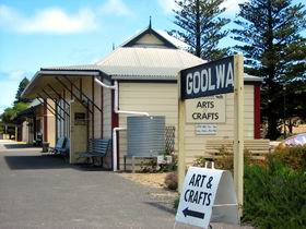 Goolwa Community Arts And Crafts Shop - Mackay Tourism