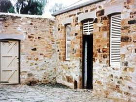 Police Lockup And Stables - Mackay Tourism