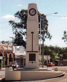 Goomeri War Memorial Clock - Mackay Tourism