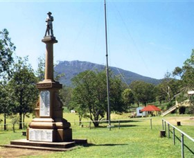 Maroon State School War Memorial - Mackay Tourism