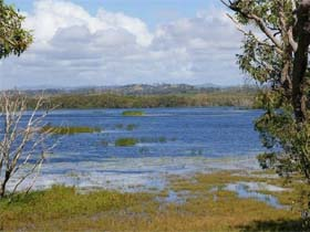 Lake Barfield - Mackay Tourism