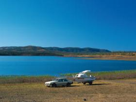 Lake Callide - Mackay Tourism