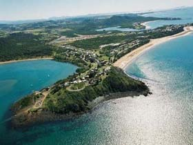 Salonika Beach - Mackay Tourism