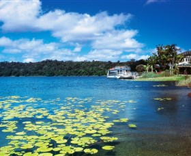 Lake Barrine Crater Lakes National Park - Mackay Tourism