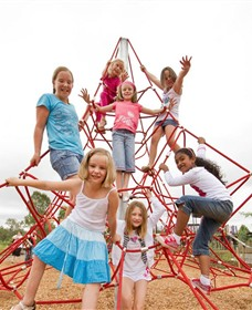 Belvoir Park Playground - Mackay Tourism