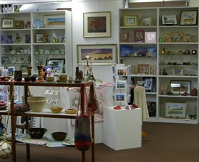 Phillip Island Gallery - Mackay Tourism