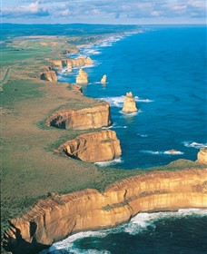 12 Apostles Flight Adventure from Apollo Bay - Mackay Tourism
