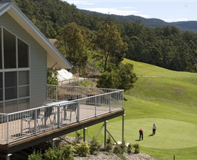 Kangaroo Valley Golf Club - Mackay Tourism