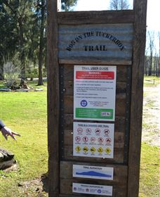 Dog on the Tucker Box Recreational Trail - Mackay Tourism