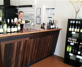 Billy Button Wines - Mackay Tourism