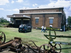 Clifton Historical Museum - Mackay Tourism