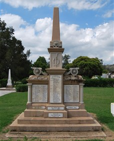Boer War Memorial and Park Allora - Mackay Tourism