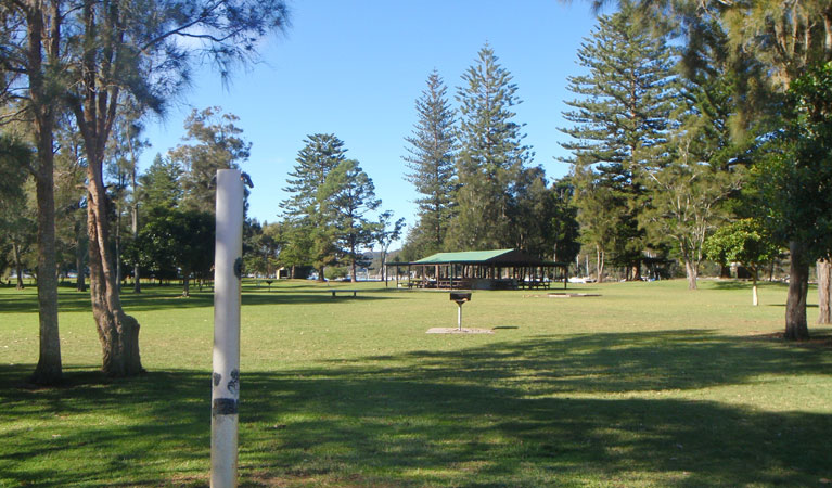 The Basin picnic area - Mackay Tourism