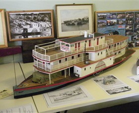 Wentworth Model Paddlesteamer Display - Mackay Tourism