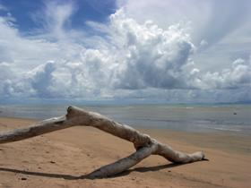 Toolakea Beach - Mackay Tourism