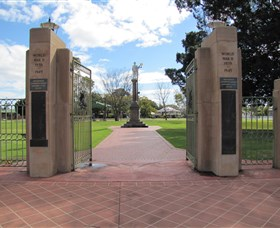 Goondiwindi War Memorial - Mackay Tourism