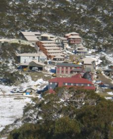 Charlotte Pass and Lookout - Mackay Tourism