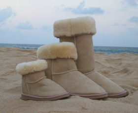 Blue Mountains Ugg Boots - Mackay Tourism