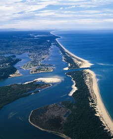 Ninety Mile Beach Marine National Park - Mackay Tourism