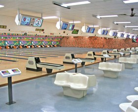 Bateau Bay Ten Pin Bowl - Mackay Tourism