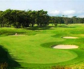 Shoalhaven Heads Golf Club - Mackay Tourism