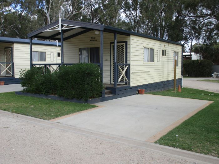 McLean Beach Holiday Park - Mackay Tourism