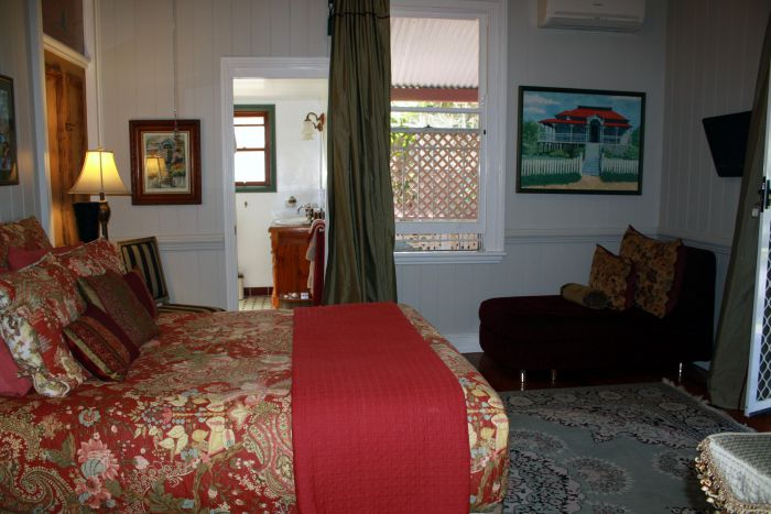 Naracoopa Bed and Breakfast and Pavilion - Mackay Tourism