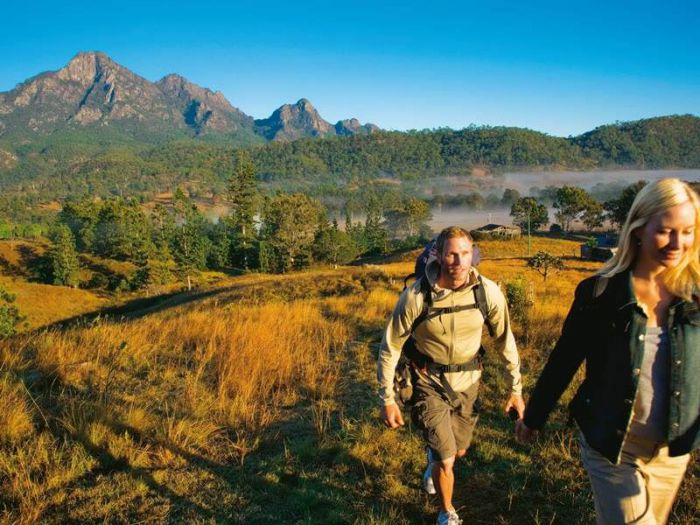 Lower Portals track Mount Barney - Mackay Tourism