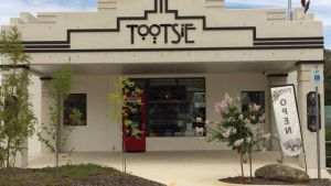 Tootsie Fine Art and Design - Mackay Tourism