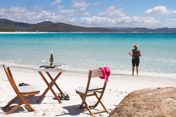 4x4 and Lunch Full Day Freycinet and Wineglass Bay - Mackay Tourism