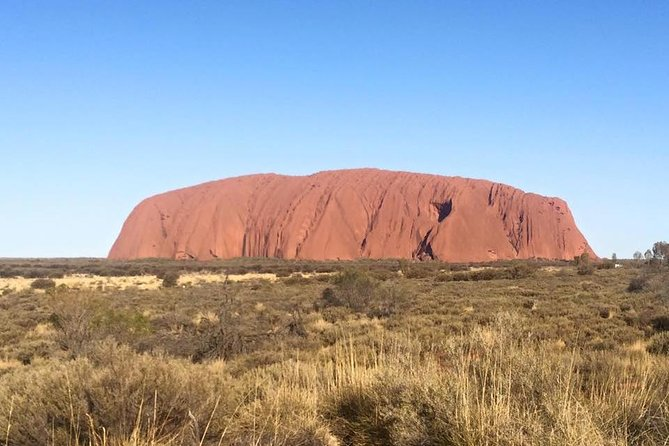 Highlights of Uluru Including Sunrise and Breakfast - Mackay Tourism