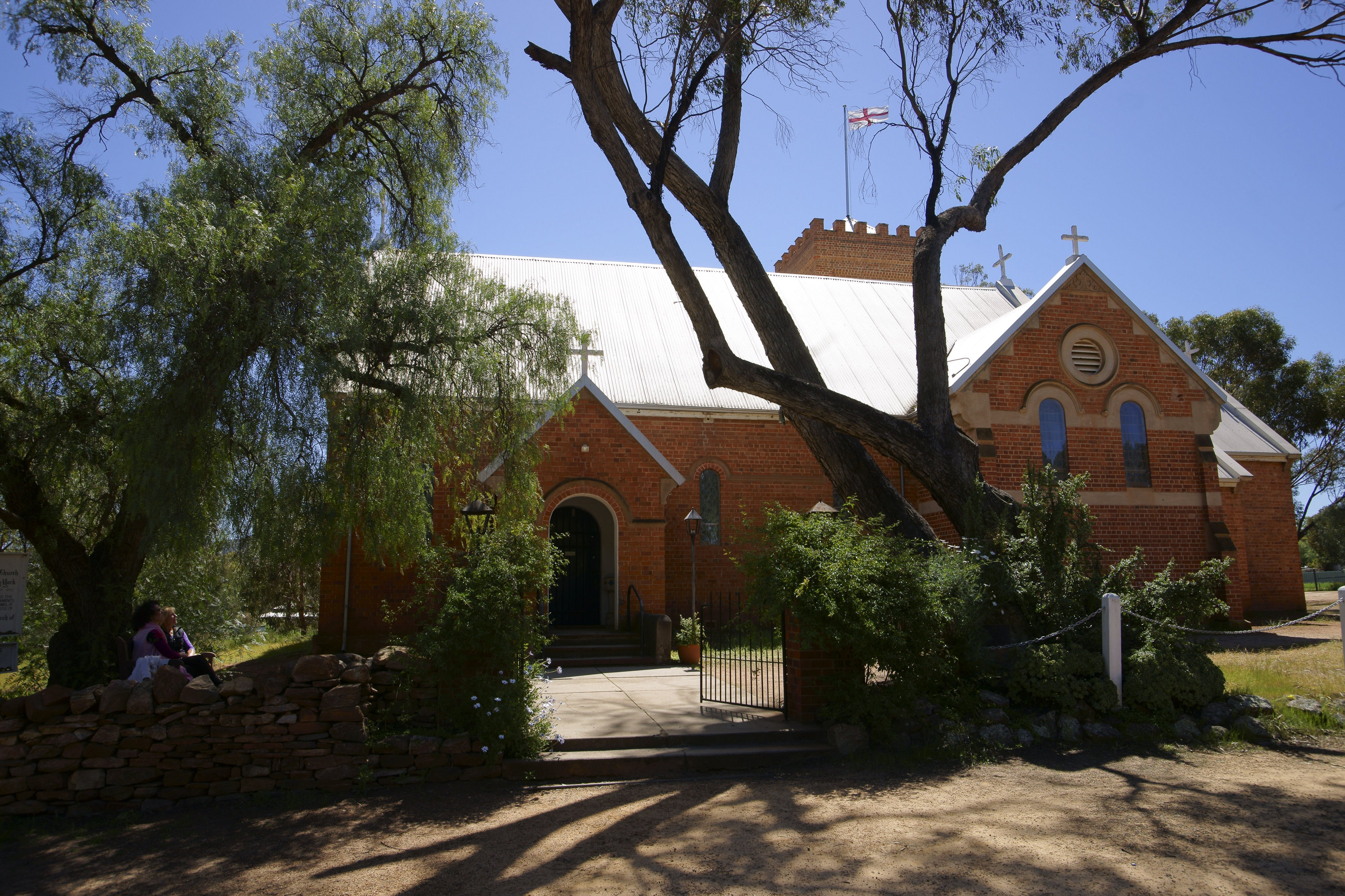 Holy Trinity Anglican Church - Mackay Tourism