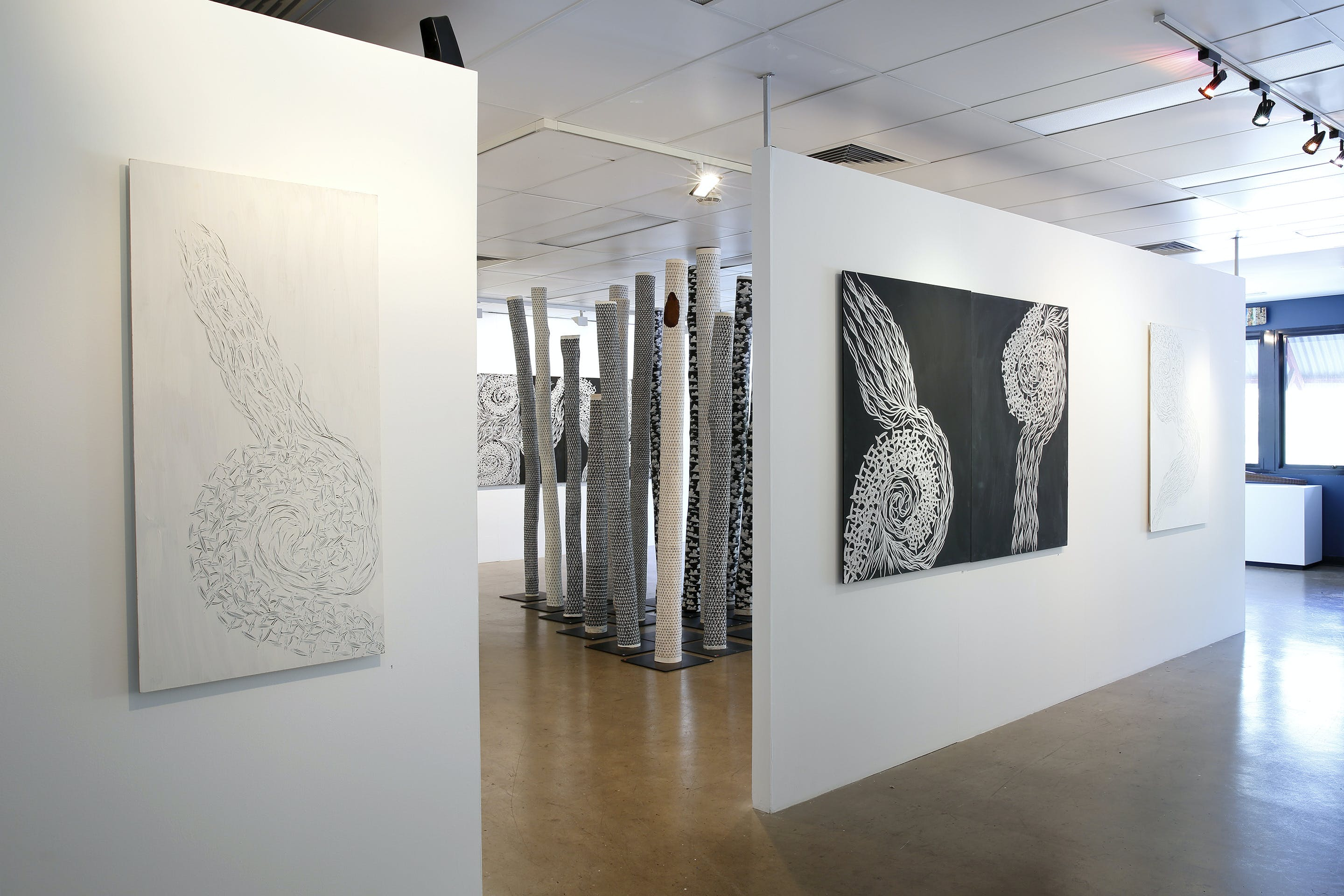 Outstation Gallery - Aboriginal Art from Art Centres - Mackay Tourism
