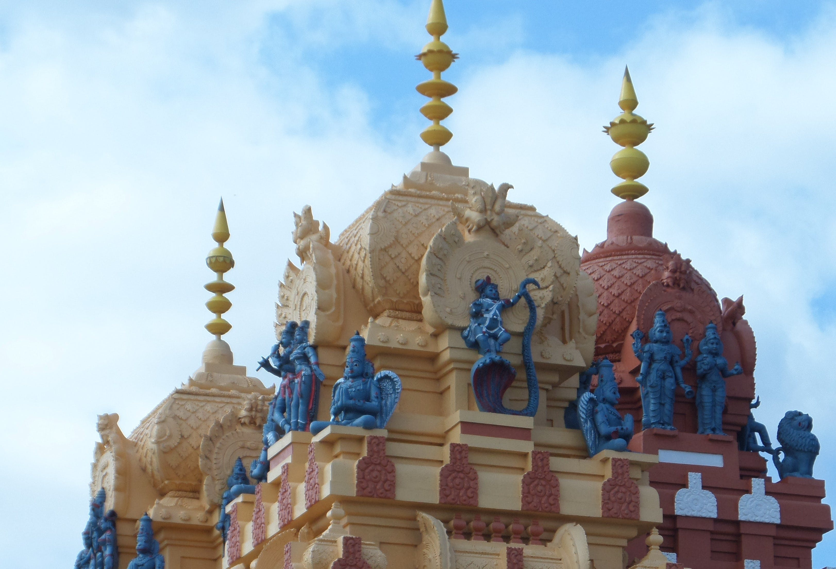 Vishnu Siva Mandir Temple and Library - Mackay Tourism