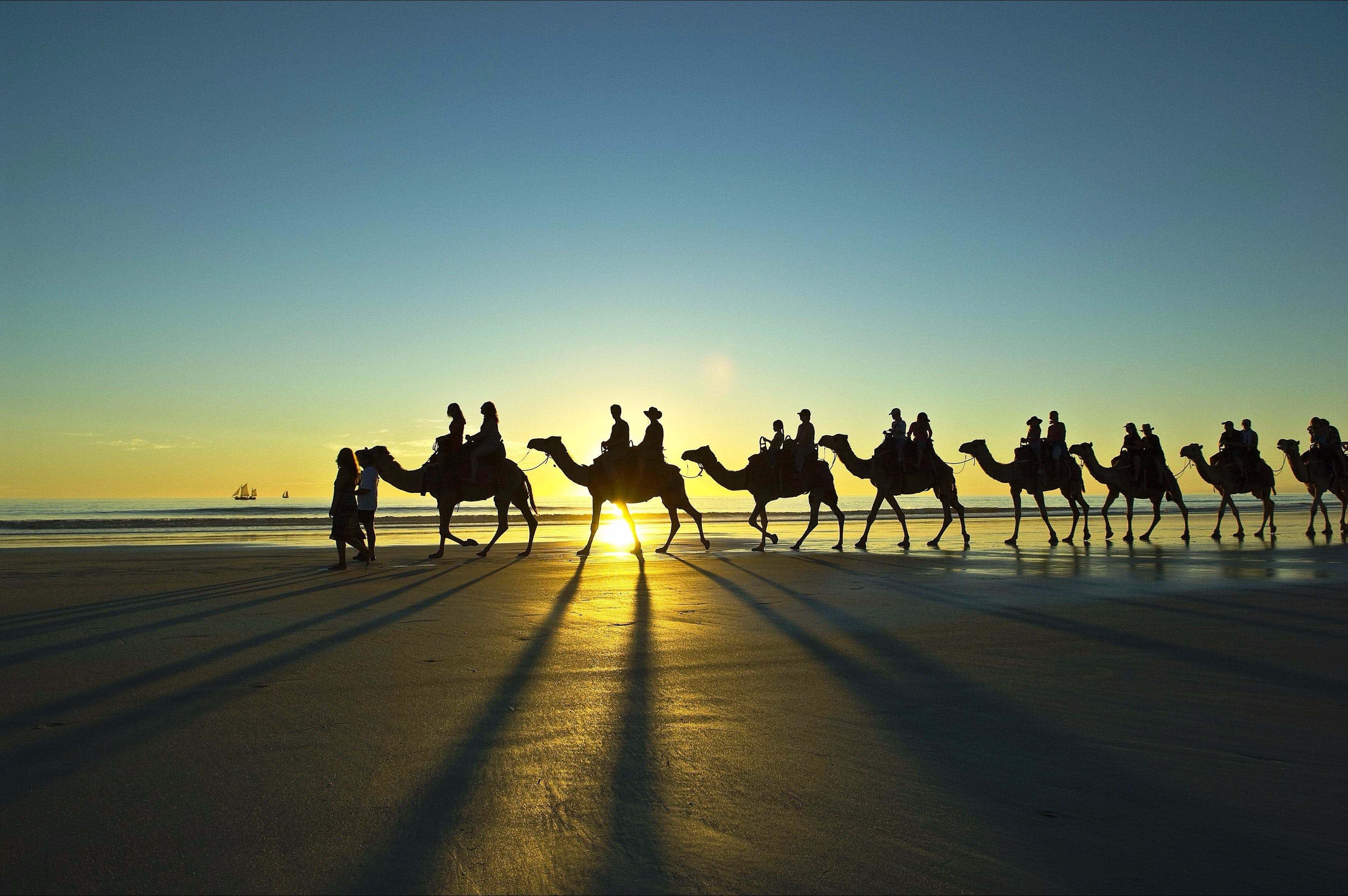 Cable Beach - Mackay Tourism