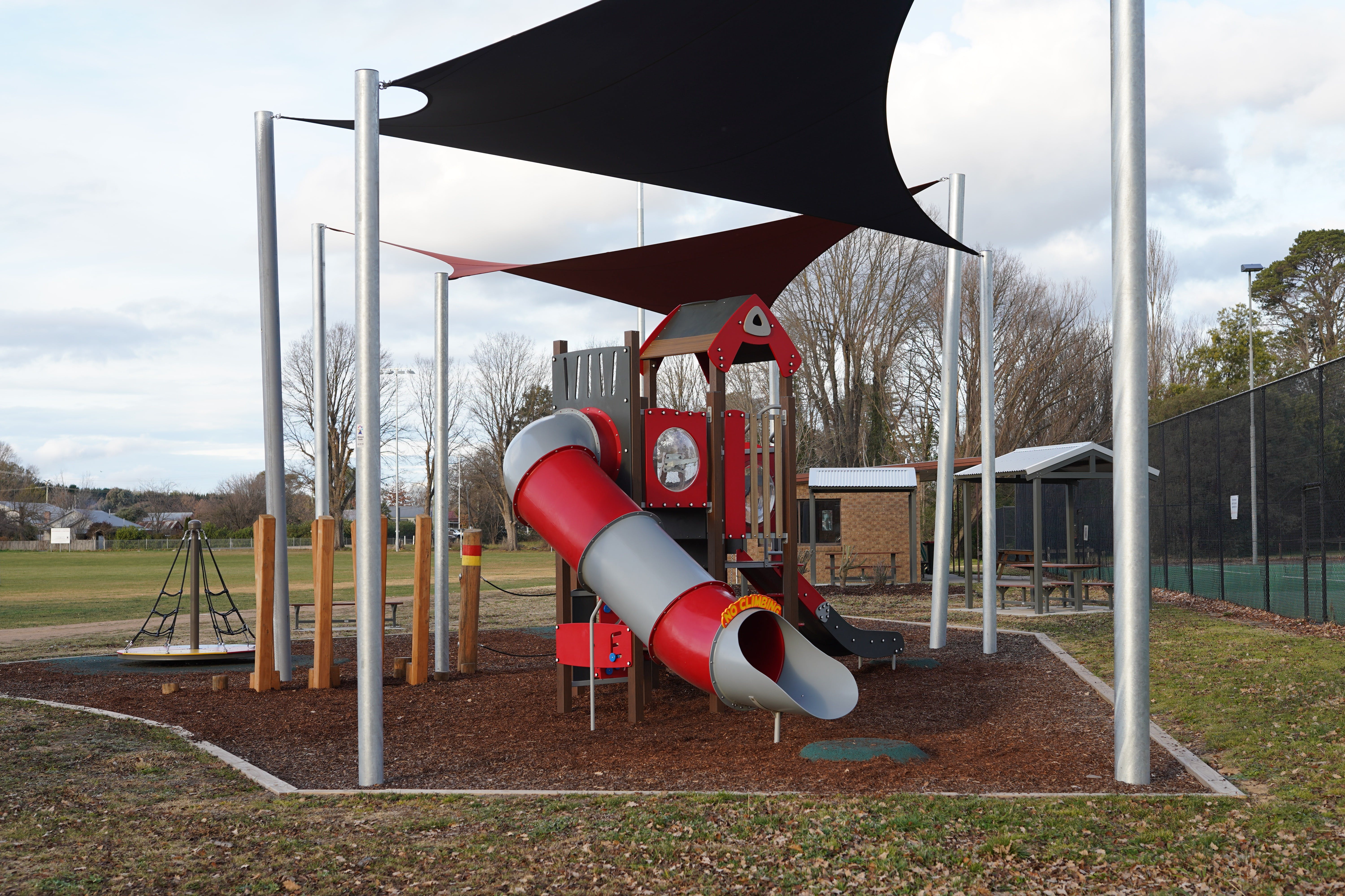 Braidwood Recreation Grounds and Playground - Mackay Tourism