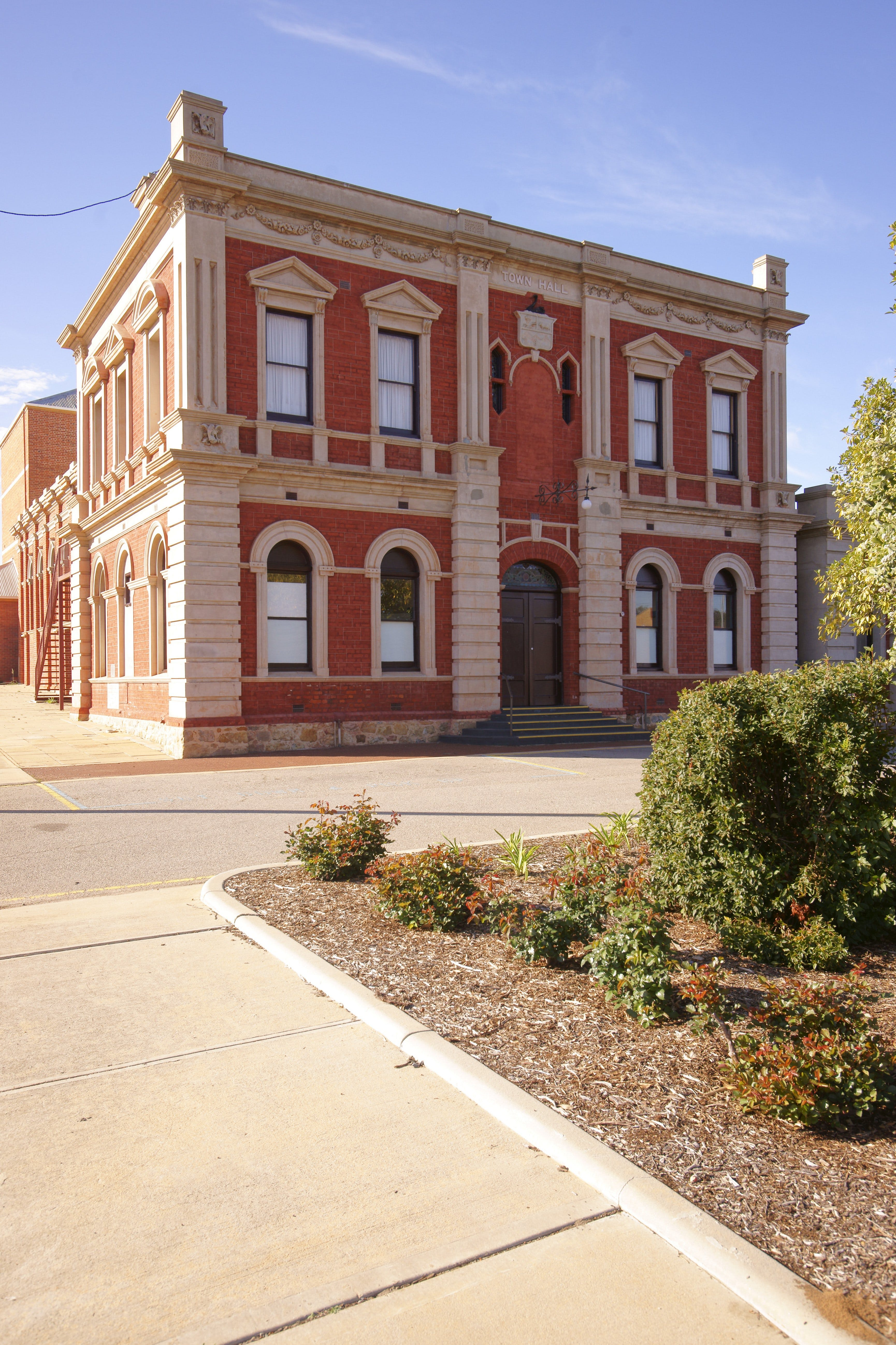 Northam Town Hall - Mackay Tourism