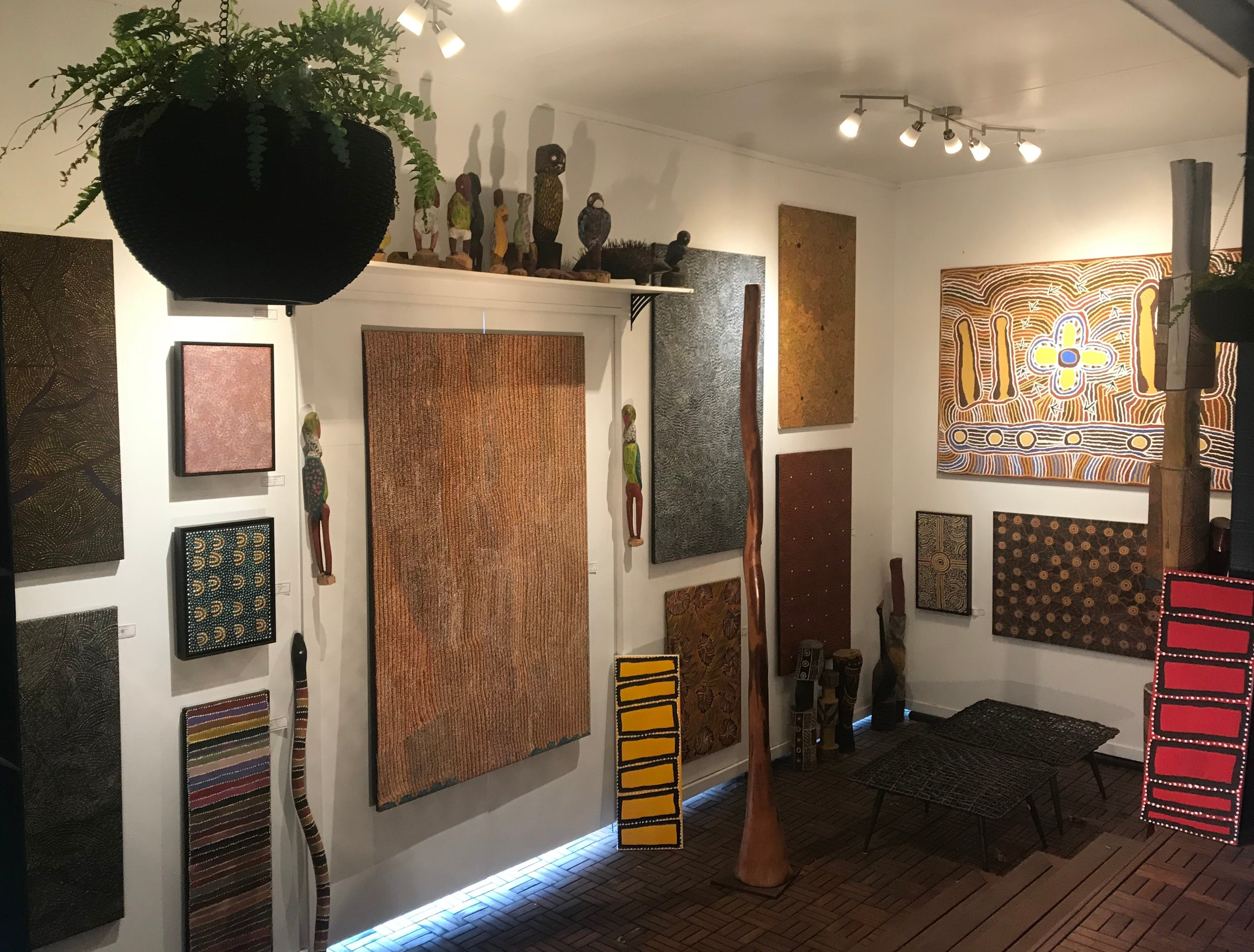 Red Sand Aboriginal Art Gallery - Mackay Tourism