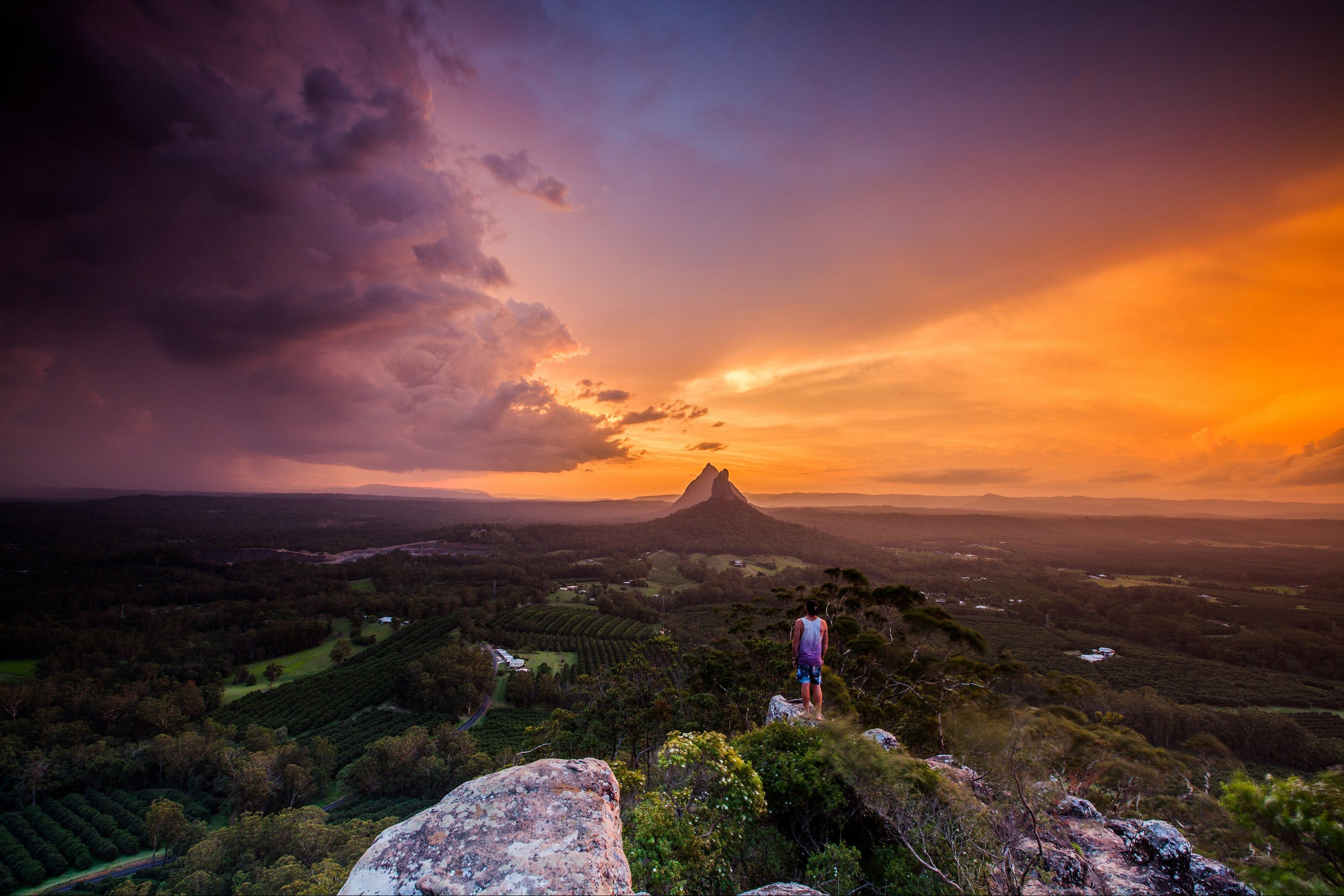 Glass House Mountains - Mackay Tourism