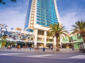 The High Street Surfers Paradise - Mackay Tourism